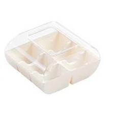 White Macaroon Box: 6 Macaroons