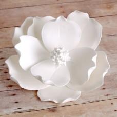 Magnolias - Medium - White